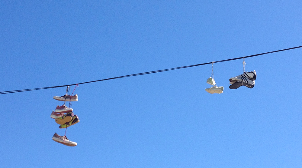 Frigiliana Sneakers on a wire